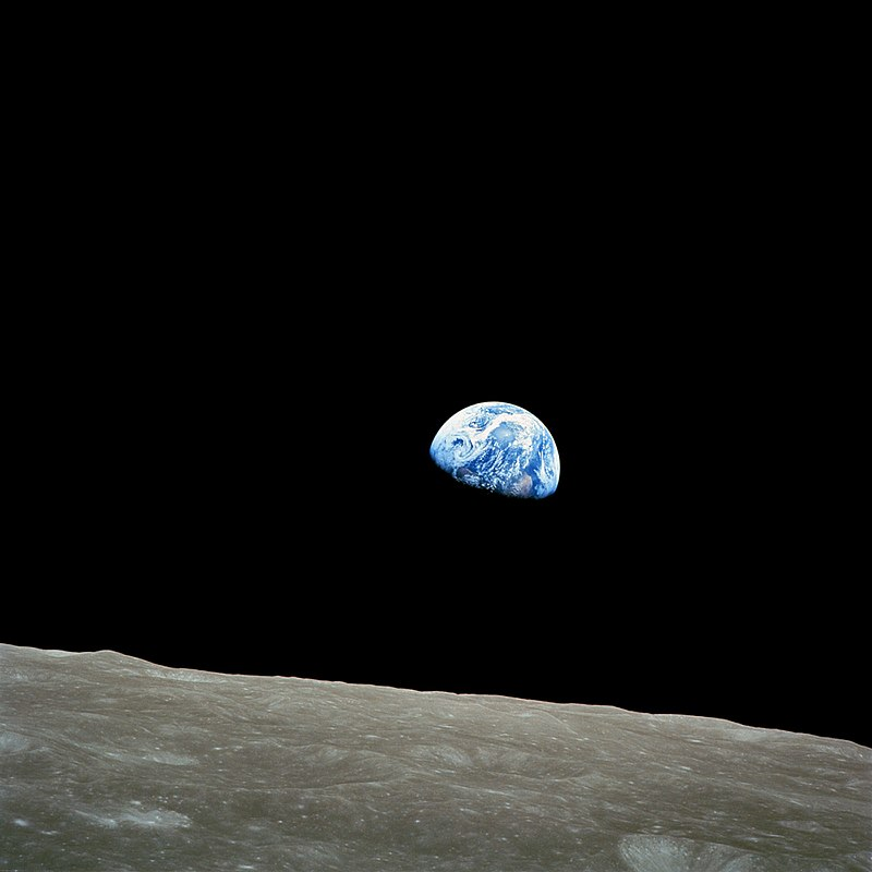 NASA Bill Anders_800px-NASA-Apollo8-Dec24-Earthrise.jpg
