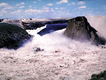 U.S. Department of the Interior_Teton_Dam_failure.jpg