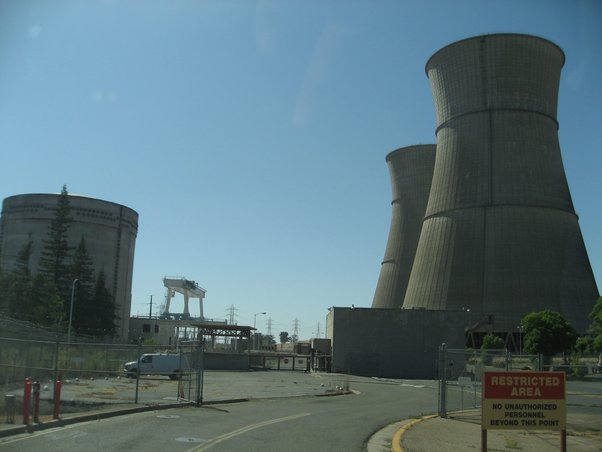 s_nuclear1.jpg