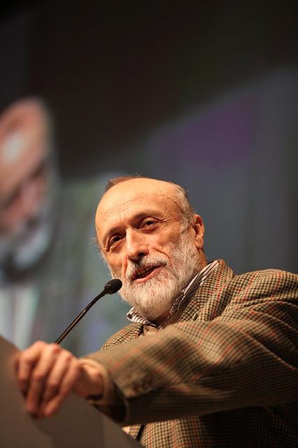 Bruno Cordioli 600px-Carlo_Petrini.jpg