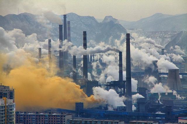 1024px-Benxi_Steel_Industrie2s.jpg