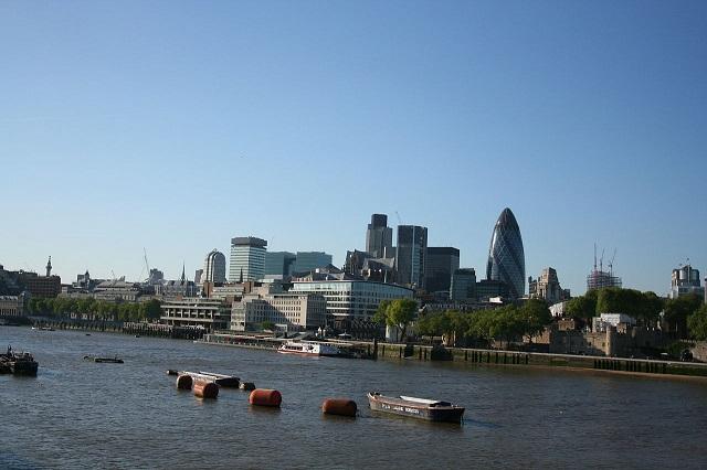 r3_Steve F-E-Cameron_LONDON-200705.jpg