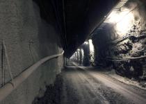 깊이 500m, 10만 년 숨겨야 할 금단의 지하