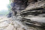 수천만 년 세월이 시루떡처럼 차곡차곡